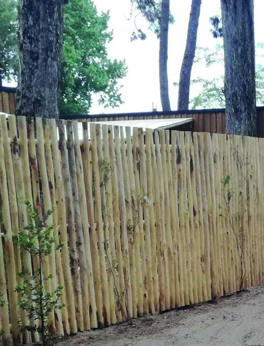 Barrières en châtaignier pour clôturer camping